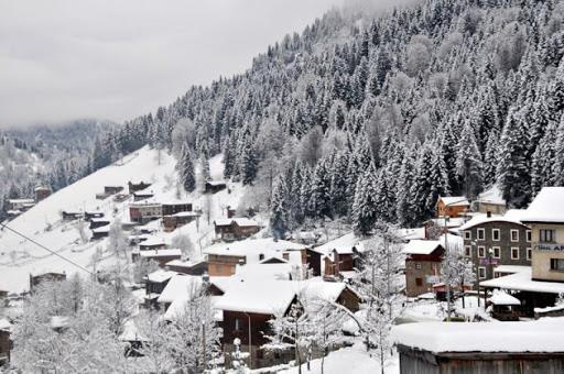 Karlar Altında Uçaklı Doğu Karadeniz Turu (Cuma-Pazar)